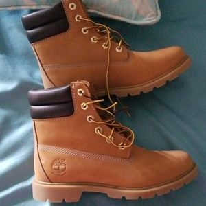 NWOT Timberland Boots